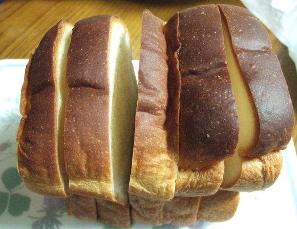 グルニエアパン16・食パン.JPG
