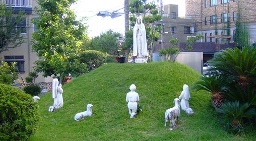 マリア6・ファチマの聖母と羊飼い.jpg