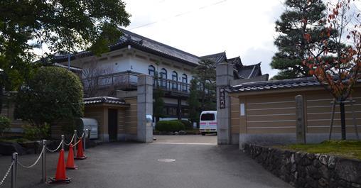 妙法院2・裏門.jpg