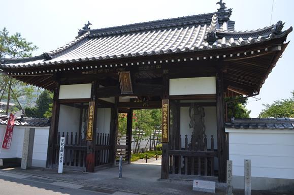 曼荼羅1・仁王門.JPG