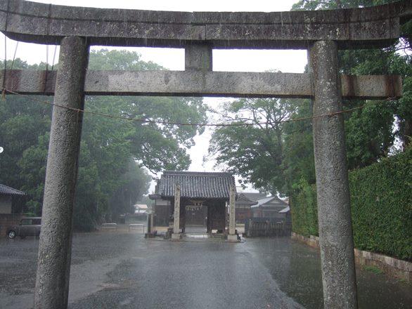 本山寺34・高良神社、鳥居.JPG