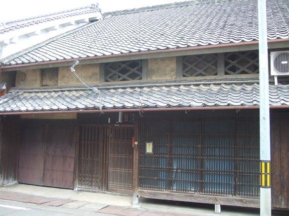 松山18・川尾家.jpg