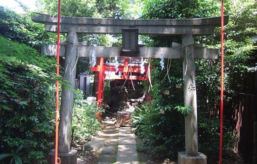 椎名町7・小柳稲荷神社.jpg