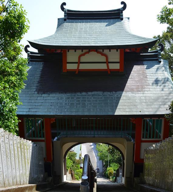 津照寺19・鐘楼門後ろから.JPG