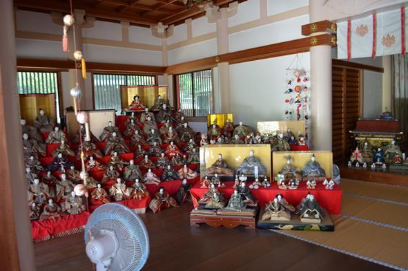 淡島10・拝殿左側.JPG