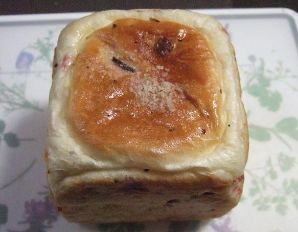 職パン2・スパイシーベーコン&チーズ.JPG
