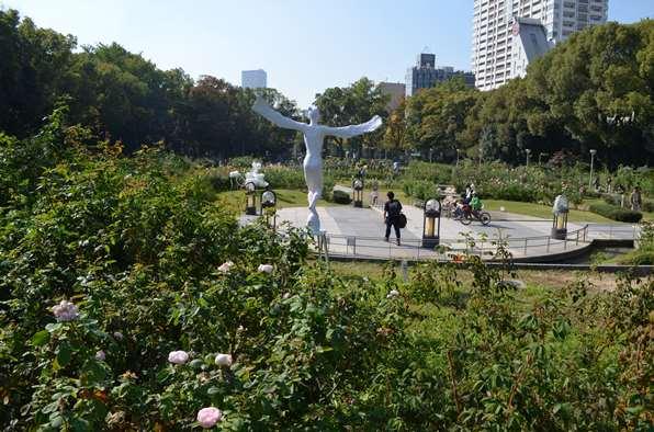 花と彫刻23.JPG