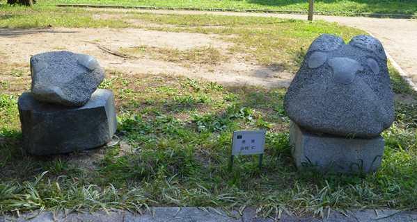 花と彫刻7・杉村.JPG