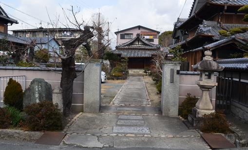 西国28・安養寺入口.jpg