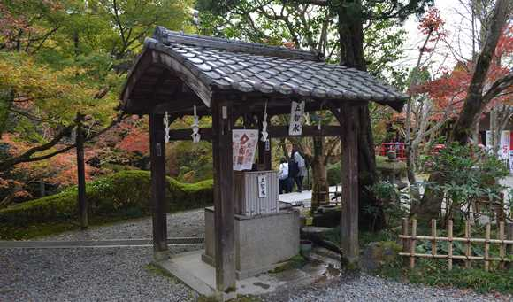 観音寺21・五智の井.jpg