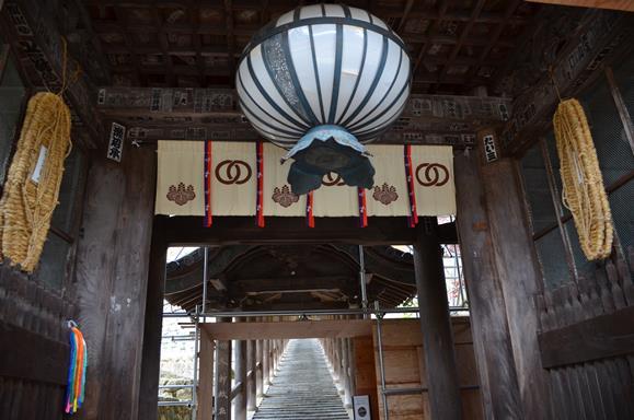 長谷寺17・仁王門から登廊を望む.jpg