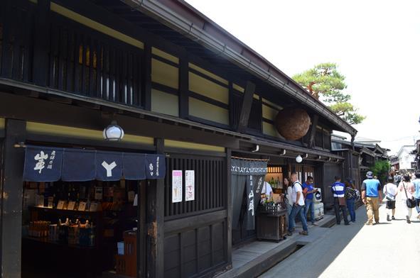 高山39・原田酒造、山車.JPG