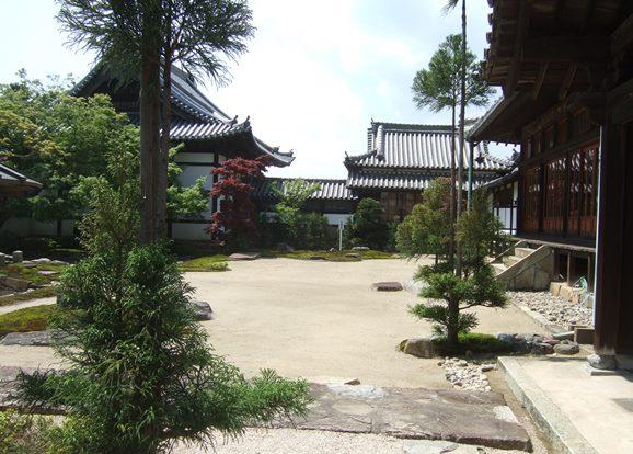 龍門寺11・大方丈前の庭園.jpg