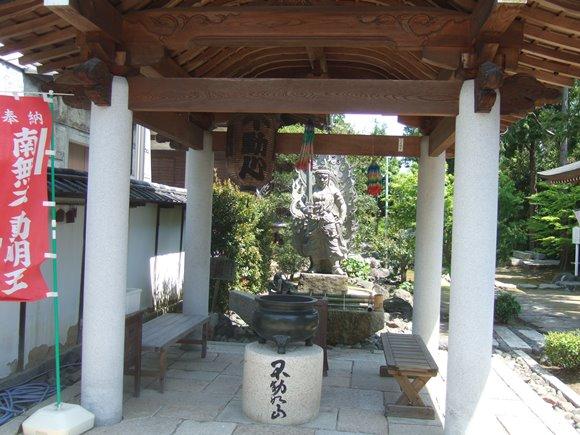 龍門寺7・水掛堂.jpg