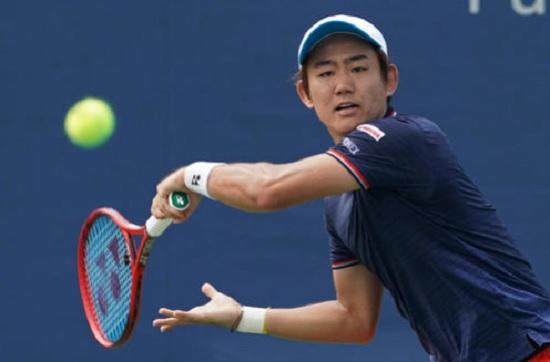 テニス1・西岡.jpg