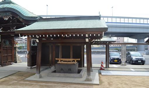 円満寺3・手水舎.jpg