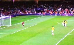 女子サッカー3.jpg