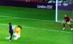女子サッカー4.jpg