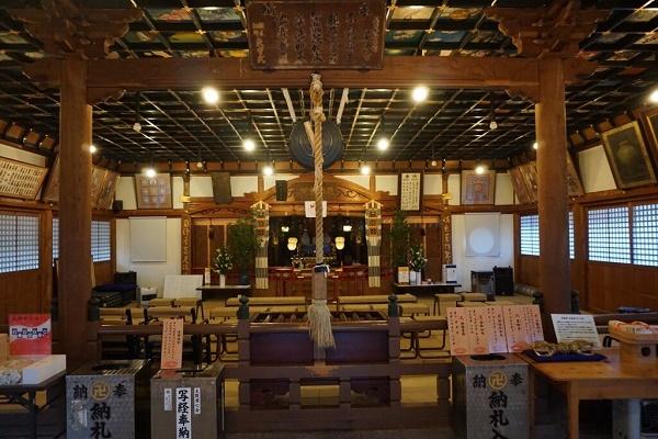 岩本寺1・本堂.jpg