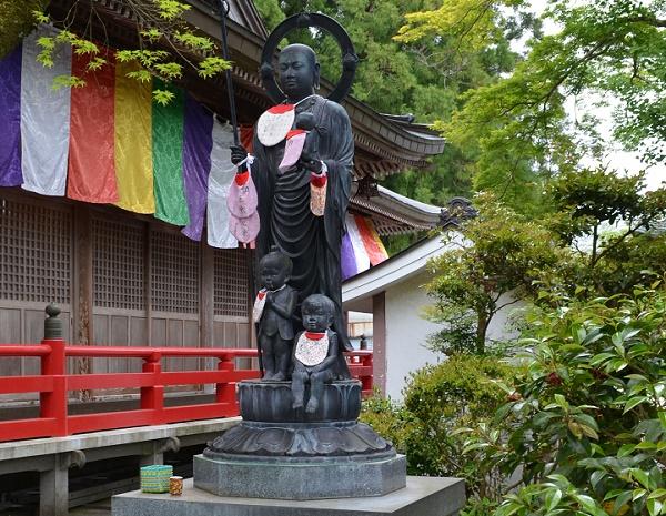 岩本寺19・水子地蔵像.jpg