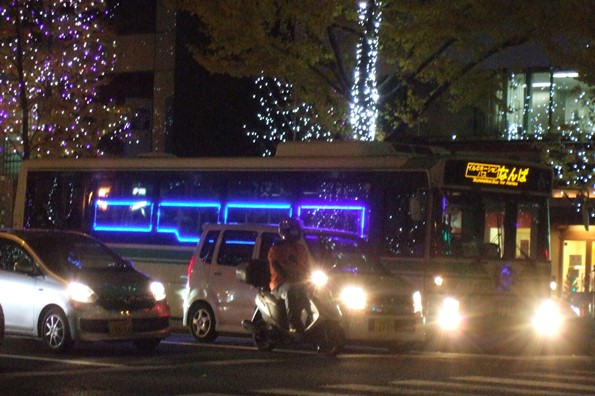 御堂筋11・イルミネーションバス.JPG