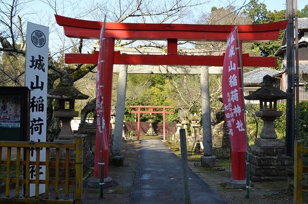 松江5・城山稲荷神社.jpg