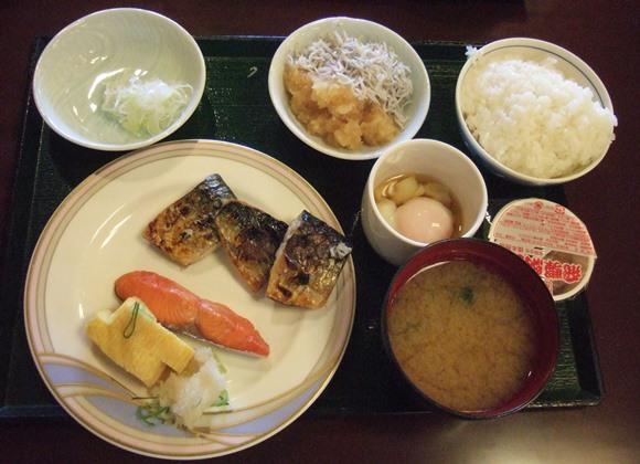 水明館25・朝食.JPG