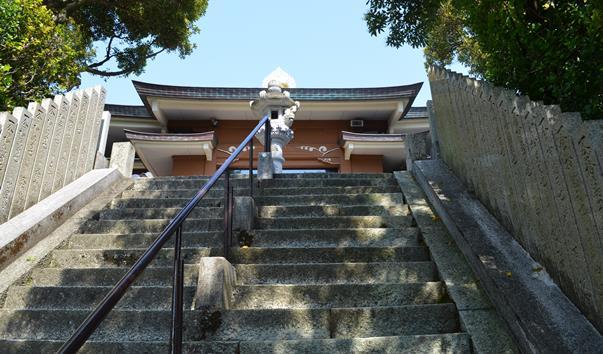 津照寺20・まだ石段.JPG
